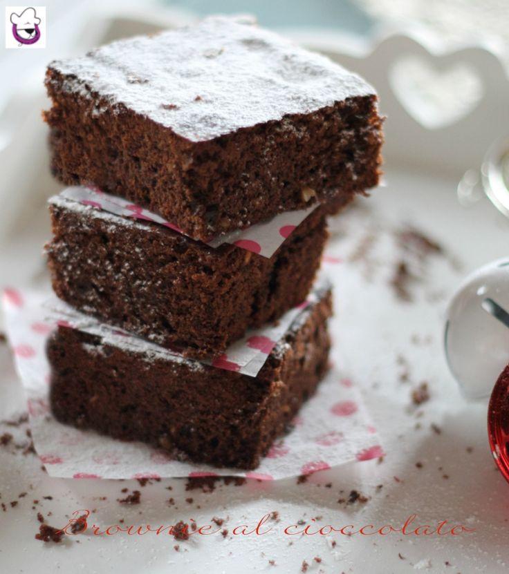 BROWNIE AL CIOCCOLATO , ricetta perfetta anche per bambini o per creare decorazioni natalizie  Un dolcetto goloso e cioccolatoso Ricetta -> http://blog.giallozafferano.it/sognandoincucina/brownie-al-cioccolato-ricetta-tradizionale-e-ricetta-bimby/