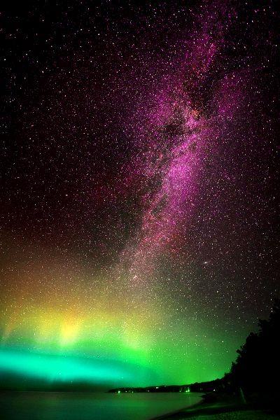 aurora borealis and milky way - Leland, Michigan, USA  (by Lorenzo Montezemolo)