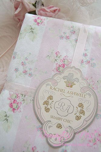 So pretty ~ Love Rachel Ashwell