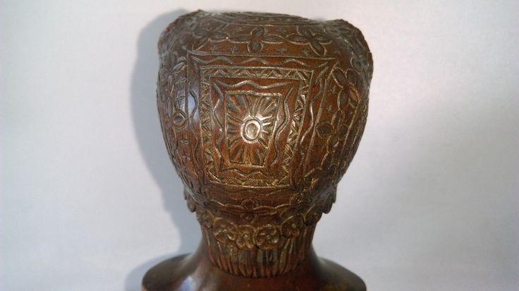 ANCIEN BUSTE FEMME À LA COIFFE EN BOIS DE NOYER TAILLE DIRECTE signé C G ou G G   eBay