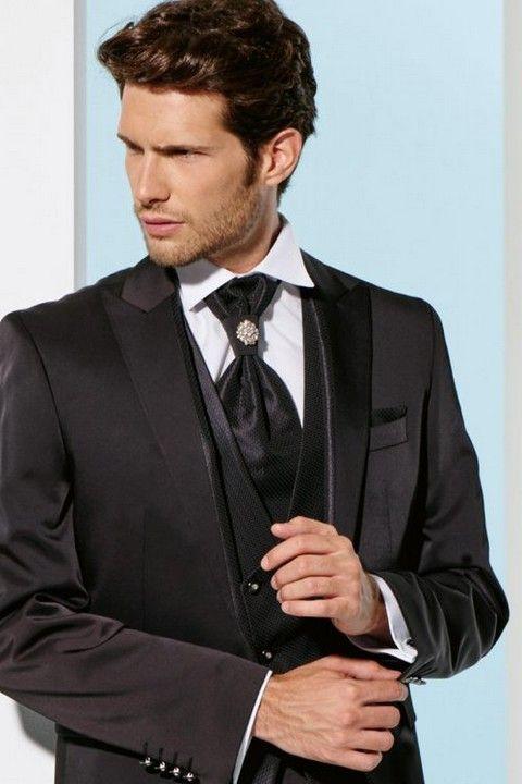 m66-luxusny-pansky-oblek-svadobny-salon-valery