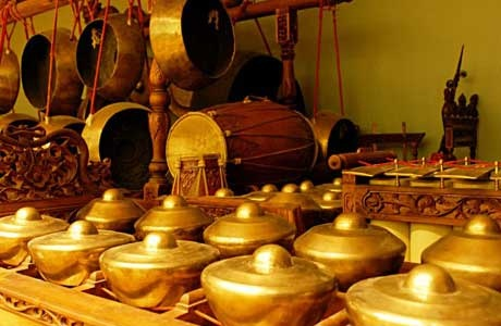 Gamelan is the music that is created from many traditional instruments such as gong, kenong and others. The music is soft and reflects the harmony of Javanese life will soon greet and soothe the soul was heard.
