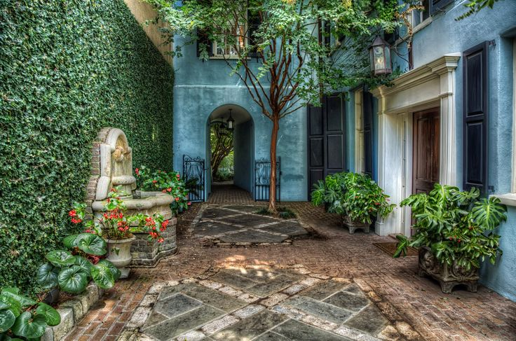 Courtyard at Rainbow Row | Flickr - Photo Sharing!