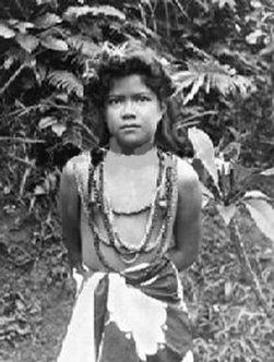 South pacific native women criticising advise