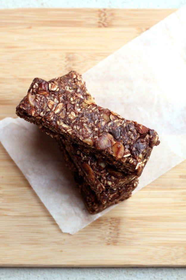 Soft No-Bake Chocolate Granola Bars