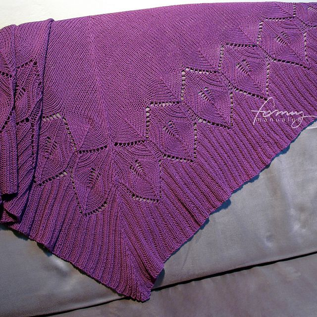 Ravelry: winter leaves shawl pattern by Anna Szymanowska