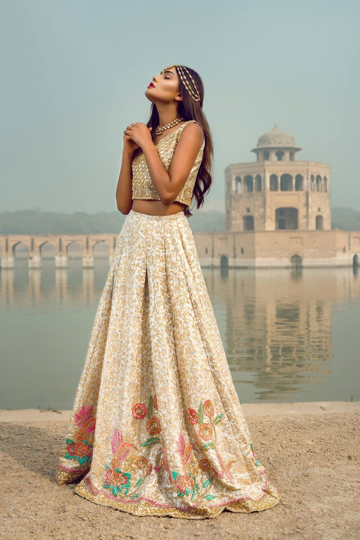 Pakistani fashion : pakistanifashionedits: Nimrah Khokhar The Golden...