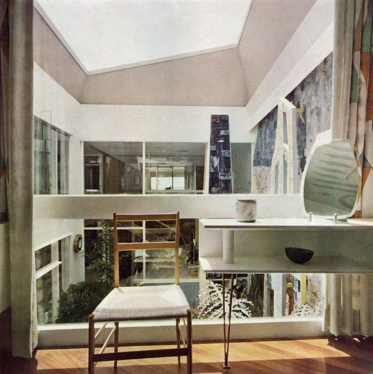 Villa Planchart, Caracas 1953-57— Fascinated by Ponti's love for architecture, Anala and Armando Planchart commissioned him to design their home in the Venezuelan capital.  From the archive (via Villa Planchart, Caracas 1953-57 - From the Archive - Domus)