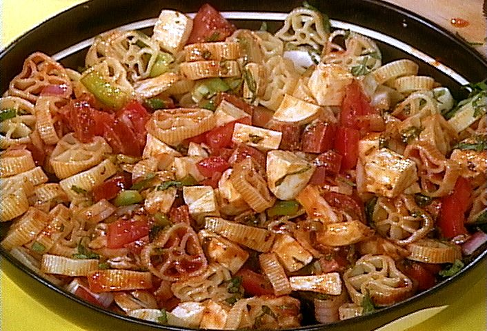 Supreme Pizza Pasta Salad: Best Pasta Salad, Pasta Salad Recipes, Pizza Pasta Salads, Pasta Recipes, Veggie Pasta Salads, Supreme Pizza, Eating, Rachael Ray, Favorite Recipes