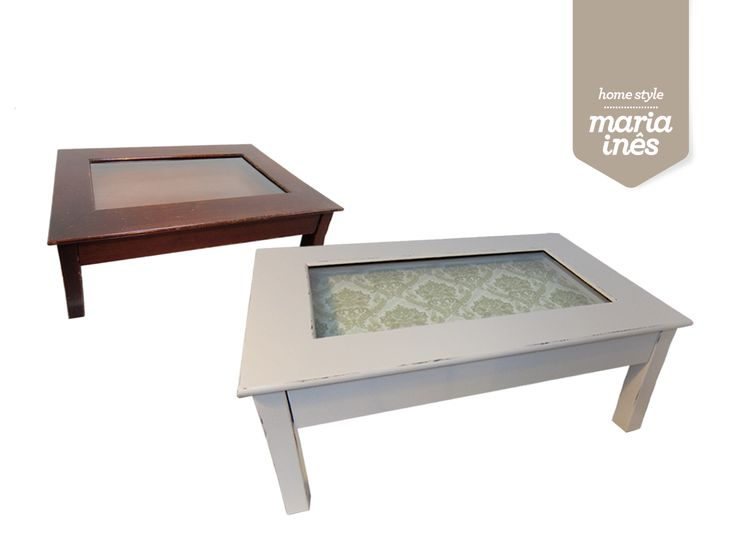 Uma coffee table que precisava de um novo look. Pintou-se de bege e o acabamento ficou em decapé. A gaveta foi forrada com papel de parede adamascado.  Reciclagem para Cliente.