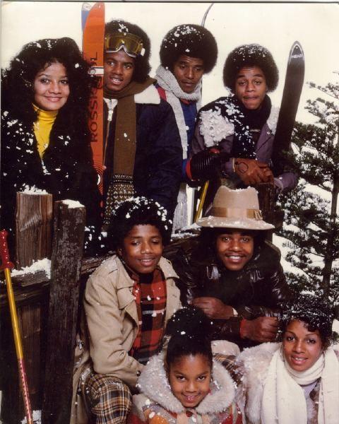 The Jackson Family Skiing - La Toya Jackson, Michael Jackson, Jackie Jackson, Marlon Jackson, Randy Jackson, Tito Jackson, Janet Jackson, and Rebbie Jackson