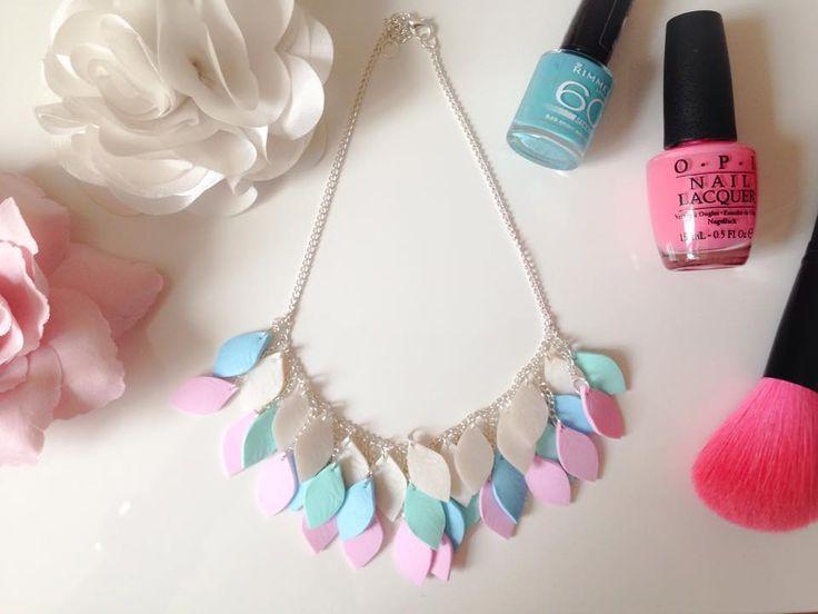 Szabinabankuti jewellry ✔ #szabinabankuti #polymerclay jewellry #leaf #white turquoise  #rose #necklace