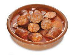 Receta de Chorizos al vino en cazuela de barro
