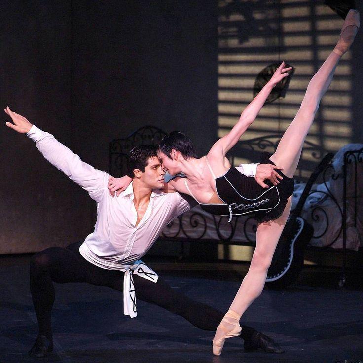 "Polina Semionova Полина Семионова as ""Carmen"" and Roberto Bolle as ""Don José"", ""Carmen"" choreography by Roland Petit, Teatro Regio, Parma, Italy (2008) - Photographer Roberto Ricci"