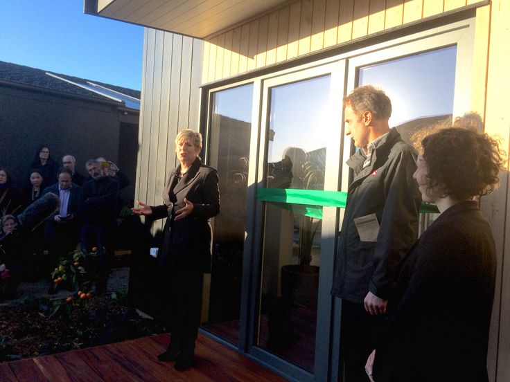 Mayor of Christchurch launches Nz's 1st 10 star home
