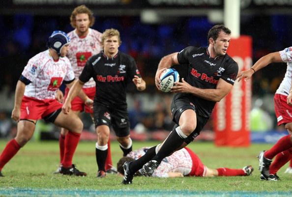 Bismarck Du Plessis Photo - Super Rugby Rd 4 - Sharks v Reds