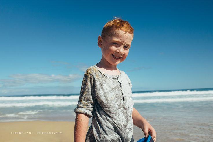 https://flic.kr/p/TjY1Cu | Boy with a face covered with sand | Boy with a face covered with sand at the beach