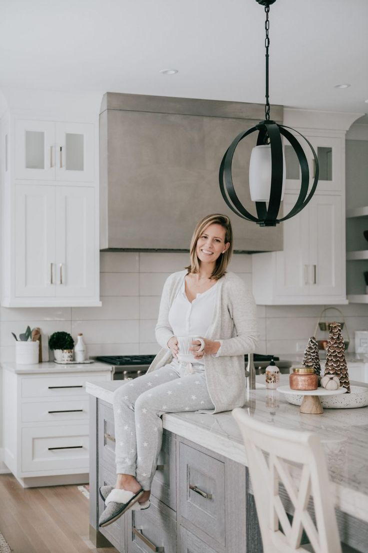 Download Wallpaper Are White Kitchens Still In Style 2020