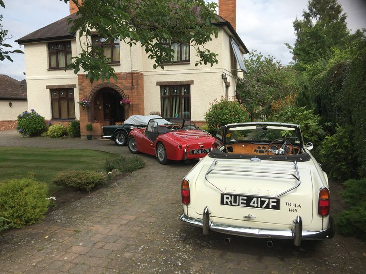 Look what came to Orchard Side B&B #trclassiccars #visitmalvern #morganfactorytour