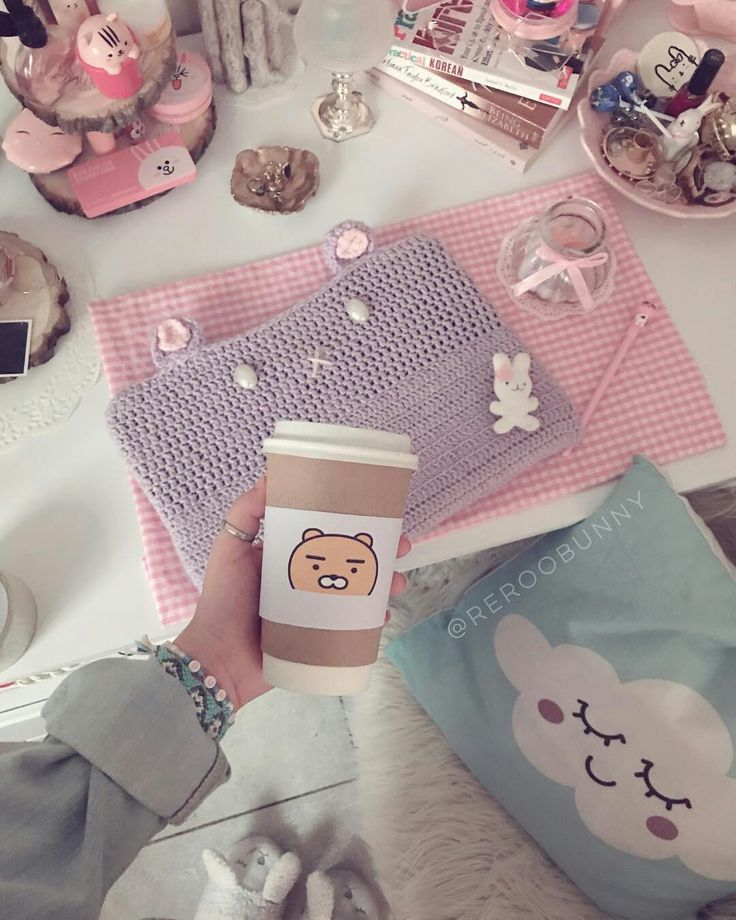 Pink Iphone: Cute Room Decor Image By Beth Santiago On Cute Aesthetic