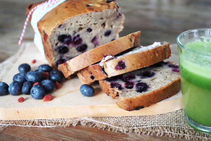 Overheerlijk bosbessenbrood • Proeven met Liefde