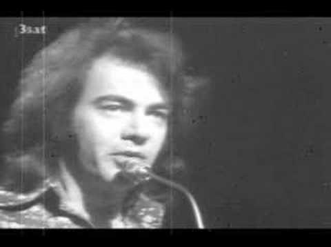 Neil Diamond He Ain't Heavy He's My Brother - YouTube