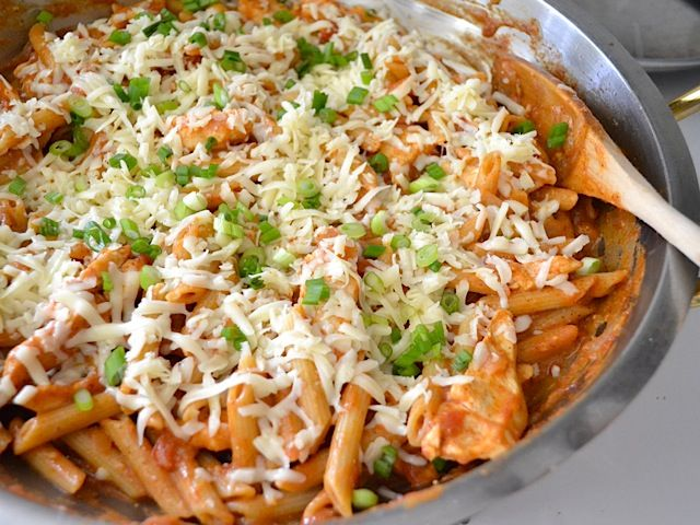 chicken enchilada pasta - Budget Bytes So easy yet so good. I didnt even use cheese and I still loved it.