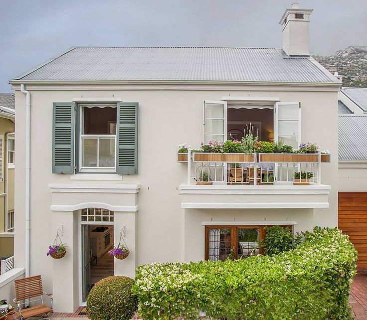 Check out this awesome listing on Airbnb: Kalk Bay, Cape Town, 8 Middedorp - Flats for Rent in Cape Town