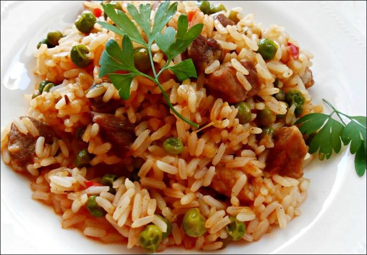 Todo lo que se puede preparar con arroz. Mira, por ejemplo, este guiso tan bueno