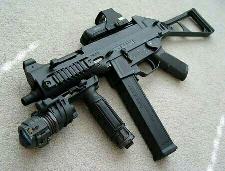 UMP 45 Loading that magazine is a pain! Get your Magazine ...