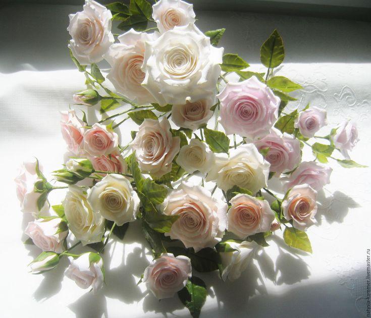 Купить Букет кустовых роз - кремовый, розовый, белый, букет роз, букетик роз