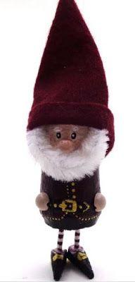 Haz lindos muñecos de santa claus y duendes navideños con corchos ~ Haz Manualidades