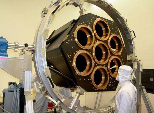 Уникальный телескоп eRosita: черные дыры и новые звезды - под прицелом.