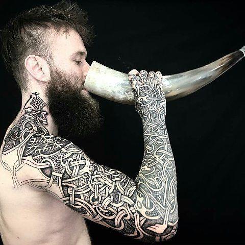 Tattoo-artist  @sacred_knot_tattoo - #viking #vikingink #vikingstyle #norse #norsemythology #norsetattoo #nordic #nordictattoo #dotwork #dotworktattoo #knotwork #oseberg #osebergtattoo #yggdrasil #yggdrasiltattoo #bindrune #runes #runetattoo #futhark #asatru #ásatrú #pagan #pagantattoo #heathen #heathens #norseman #norsemen #skål