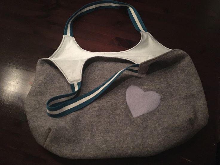 Schöne Tasche aus Walkloden