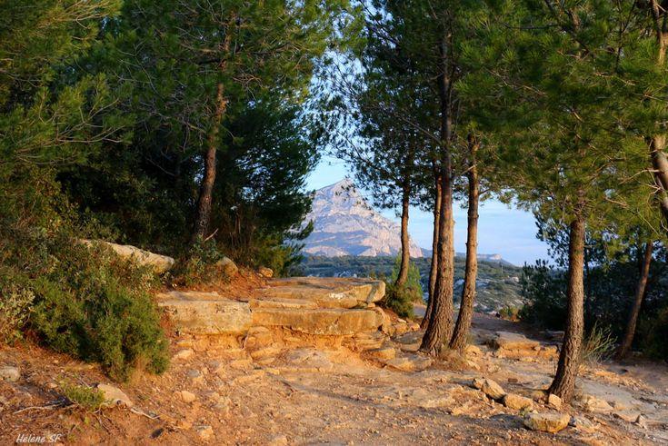 Belle randonnée facile de 2h dans le massif de la sainte Victoire, du barrage de Bimont au barrage Zola