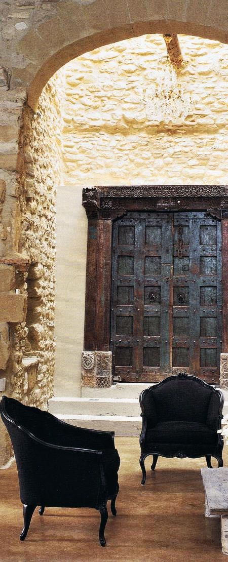 that door beyond ...The Doors, Decor Ideas, Stones Wall, Arches, Interiors Design, Black Chairs, Wooden Doors, Old Doors, French Home