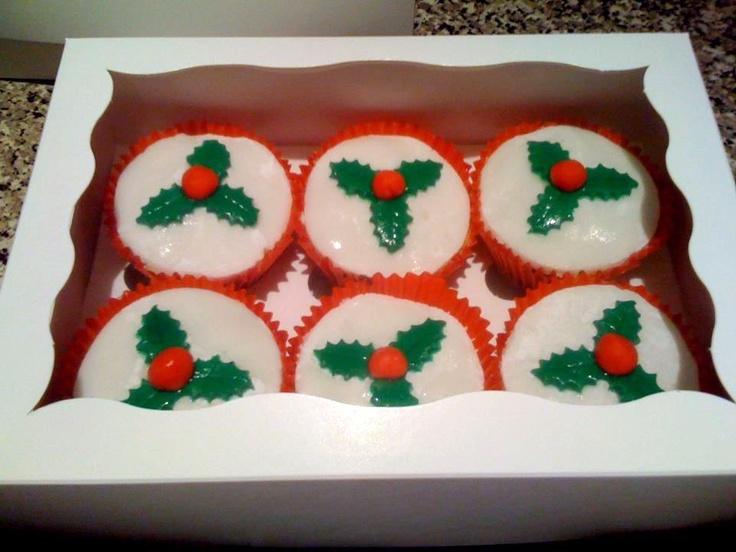 Christmas cupcakes- made with christmas cake mix