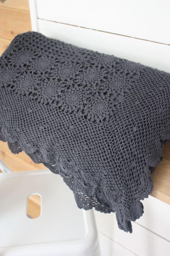 products plaid crochet et images. Black Bedroom Furniture Sets. Home Design Ideas