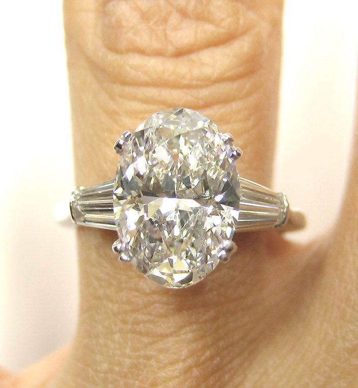 Rare..Estate Vintage 2.96ct Classic OVAL Cut Diamond Engagement Ring in PLATINUM with Baguettes, Circa 1960