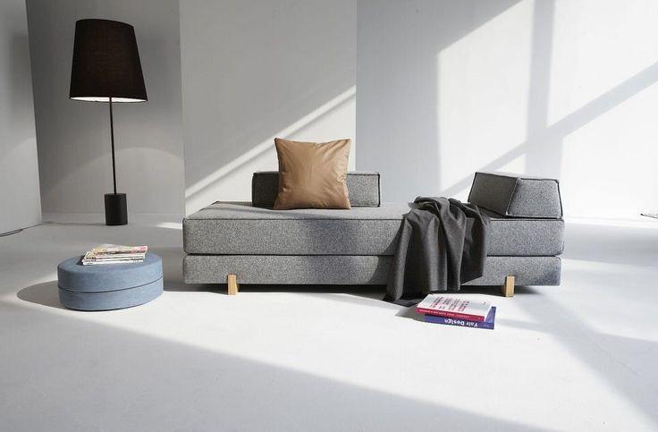 Slaapbank Idouble van Innovation is een perfecte oplossing voor de logeerkamer. De multifunctionele eigenschappen en het eigentijdse design maken de 2 persoons slaapbank tot een echte must have in jouw interieur. Je kunt hem gebruiken als bank, 1 persoonsbed en 2 persoonsbed. De Grijze en blauwe kleur is van 100% Polyester uitgevoerd. Specificaties: Afmeting bed: 80 x 200 cm. of 160 x 200 cm. Comfort: pocketvering matras Bekleding: 100% polyester Kleur: grijs (soft pacific pearl) en blauw
