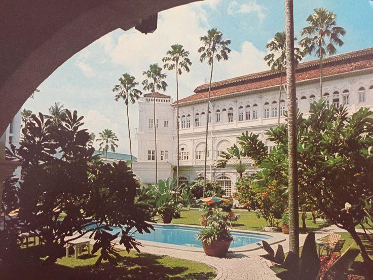 Raffles Hotel, Singapore 1970s postcard