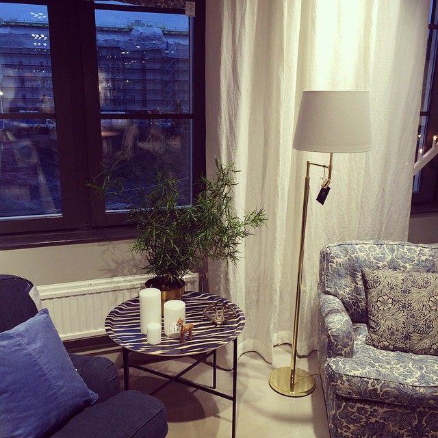 hitta_hem på besök R.O.O.M. Täby C #roombutiken