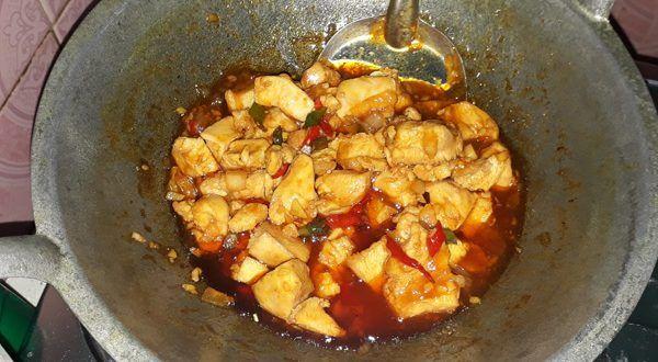 Resep masakan ayam fillet saus tiram asam pedas manis