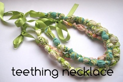 teething necklace tutoial