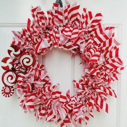 candy-cane-wreath-complete-thumb