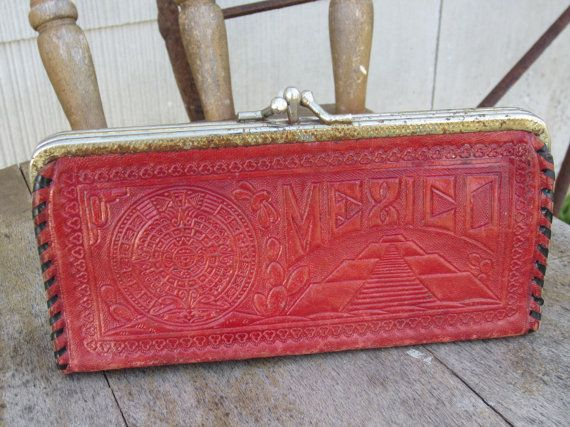 40s Tooled Mexican Leather Clutch // Vintage Souvenir Wallet