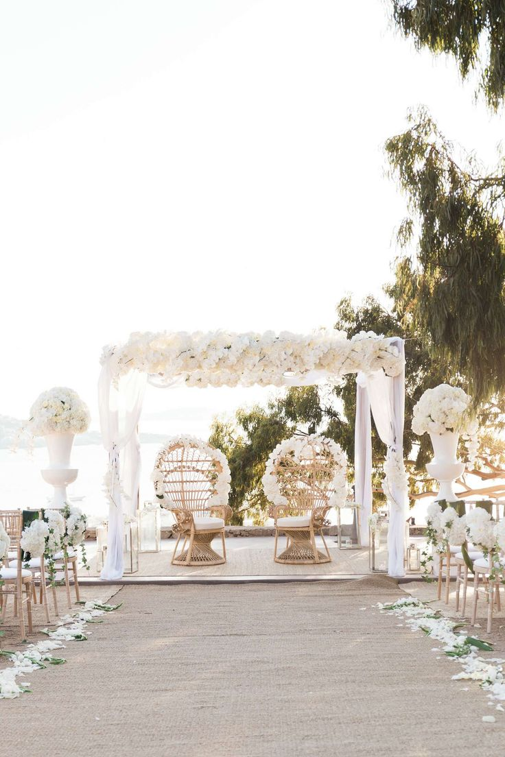 The 12 Events Athens Wedding Planner- Cynthia and Sultan would love to go with an all-white Grecian-chic wedding, and with Mykonos, on their radar, we knew it was going to be simply stunning.