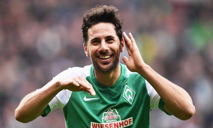 Livre no mercado, Claudio Pizarro pode vir para o futebol brasileiro
