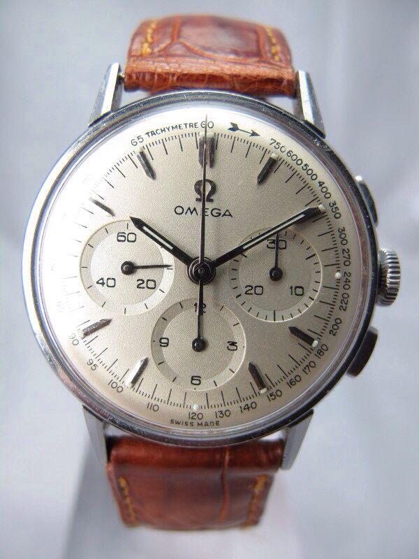 Off white Omega chrono on leather. Perfection.
